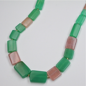 Chrysoprase garnet necklace