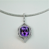 Tanzanite diamond pendant
