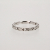 """Vine"" diamond platinum band"